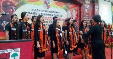 paduan suara dari universitas kristen indonesia uki